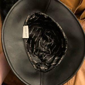 Nine West Bucket hat